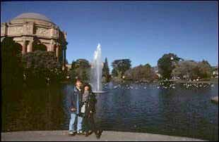 am Palace of fine Arts in San Francisco