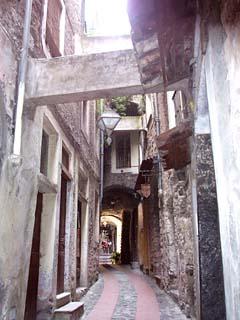enge Gassen von Dolceaqua bei San Remo