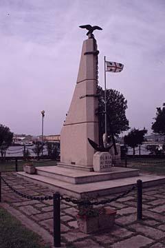 das Kriegerdenkmal in Olbia