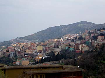 Foni als Bergdorf auf Sardinien, Italien