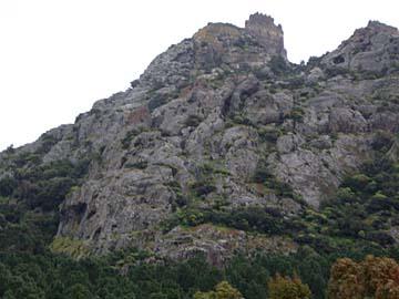 der Vulkankegel und Aussichtsberg Burgberg auf Sardinien, Italien