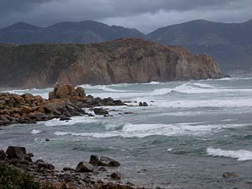 Felsenküsten am Capo Pecora auf Sardinien
