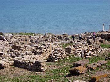 die Ausgrabungsstätte beim Torre San Giovanni im Westen von Sardinien