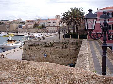 Im Hafen von Alghero, Sardinien