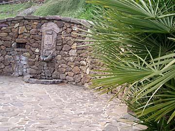 an der Quelle Fonte dell Elefante auf Sardinien, Italien