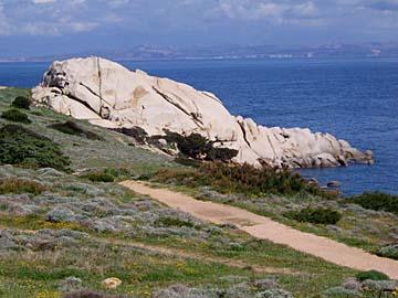 der Kreidefelsen von Bonifacio auf Sardinien, Italien