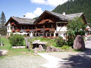 am Campingplatz Caravanpark Sexten in den Sextner Dolomiten, Südtirol