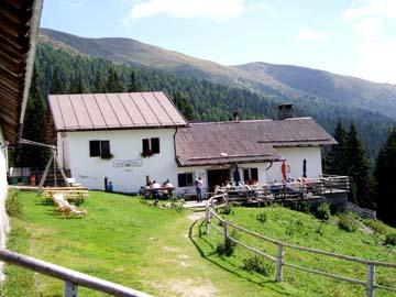 die Alpe Coltrondo in den Sextner Dolomiten in Südtirol