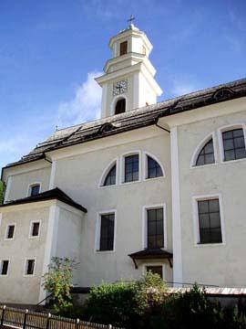 die Kirche im Ort Sexten, Südtirol