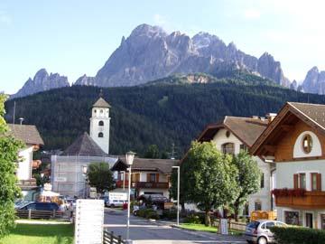 das Städtchen Inmichen in Südtirol, Norditalien