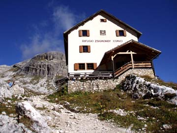 angekommen an der Zygmondi Hütte, Südtirol
