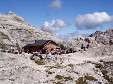 die Büttelejochhütte in den Sextner Dolomiten, Südtirol