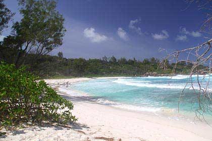 Am Traumstrand Anse Coco im Südosten der Insel La Digue