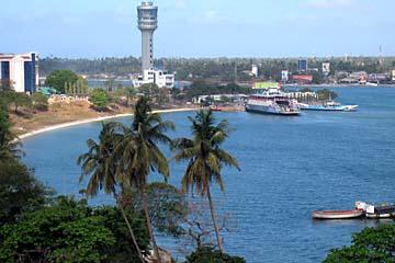 Ausblick auf den Hafen von Dar es Salaam