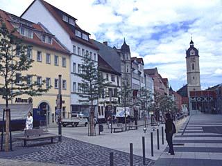 die Johannisstraße mit Blick auf den Kirchplatz, Jena
