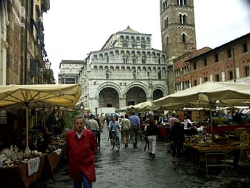 Der Dom San Martino in Lucca in der Toskana, Italien