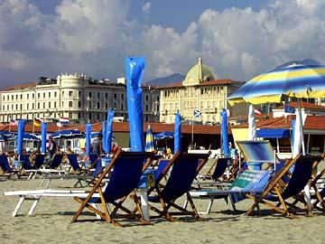 tolle Hotels am Strand bei Viaregio in der Toskana