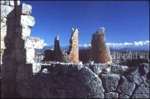 die Ruinen der antiken Stadt Perge, türkische Riviera