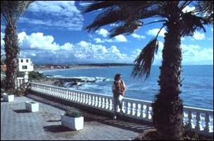 an der Meerespromenade von Side, türkische Riveria