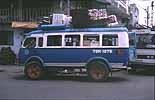 Ein lokaler Bus in Nha Trang an der Küste Vietnams