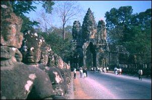Das Südtor von Angkor Thom in Angkor, Kambdoscha