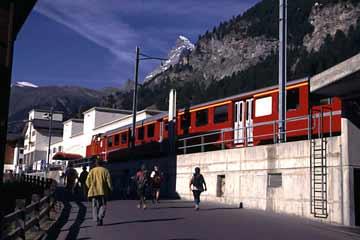 Bahnstation Zermatt, Wallis, Schweiz