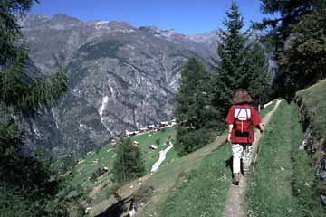 Der Höhenwanderweg von Grächen nach Zermatt im Mattertal