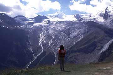 Abstieg vom Monte-Moro-Paß zum Mattmark-Stausee, Wallis, Schweiz